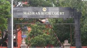 madras hc adjourns case against disqualification of 18 aiadmk mlas to nov 2