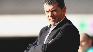 phil brown: southend manager 'frustrated' by captain anton ferdinand's red card