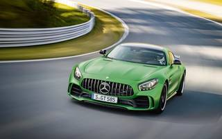 it's king of the 'ring, but can the merc-amg gt r tackle london roads?