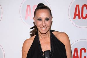 Donna Karan Apologizes for 'Out of Context' Harvey Weinstein Defense