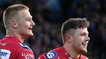 scarlets wing johnny mcnicholl says team-mate steff evans is form wing in wales