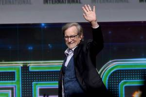 Apple's big jump into original content will start with Steven Spielberg's Amazing Stories