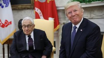 trump meets with henry kissinger amid north korea crisis
