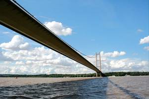 humber bridge board blast 'selfish' youths who tried to climb up it - and reveal how they were caught