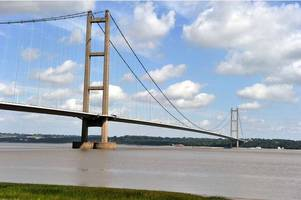traffic delays as youths try to climb the humber bridge