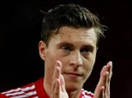 Manchester Utd defender Victor Lindelof ready and waiting