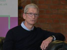 tim cook still remembers michael dell's quip that he'd shut apple down (aapl)