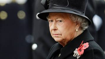 queen will not lay remembrance sunday wreath