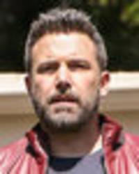 ben affleck admits groping hilarie burton and apologises for inappropriate behaviour