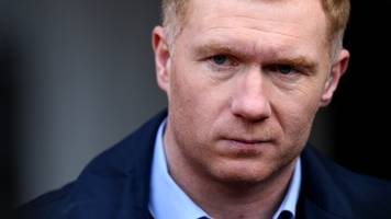 paul scholes: ex-manchester united midfielder interviewed for oldham manager's job