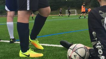 Mid Wales amateur referees resign over abuse at games