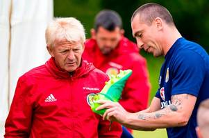 celtic skipper scott brown ready to continue scotland career if sfa don't give gordon strachan the boot