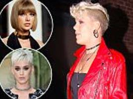 Pink regrets choosing Taylor Swift over Katy Perry