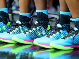 under armour isn't cool with teens anymore — and it's becoming a huge problem for the brand (ua)