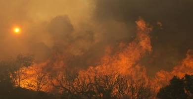 norcal wildfires death toll climbs to 23 as destructive winds fan flames