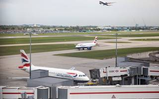 heathrow sets out fresh plans to tackle emission trouble