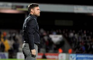 scunthorpe united boss calls for better attacking show against rotherham