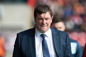 st johnstone boss tommy wright laughs off speculation he'll replace gordon strachan as scotland boss