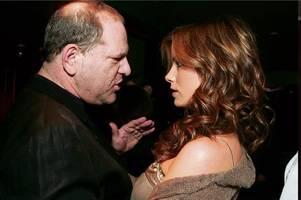 'i was 17, he was in his bathrobe and offered me booze': kate beckinsale says snubbing sleazy harvey weinstein 'harmed her career'