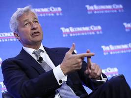 Jamie Dimon talks about bitcoin one day after saying 'I'm not going to talk about bitcoin anymore'