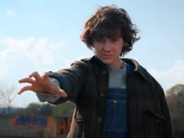 9 details you might have missed from the trailer for 'Stranger Things' season 2
