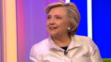 Hillary Clinton tries speaking Welsh on The One Show