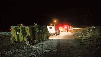 more than 100 turkish soldiers, 30 armored vehicles cross into syria