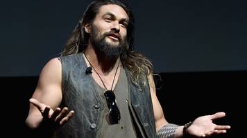 game of thrones actor jason momoa apologises for 'rape' joke