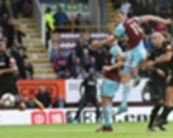 burnley 1 west ham 1: late wood goal salvages point against 10-man hammers