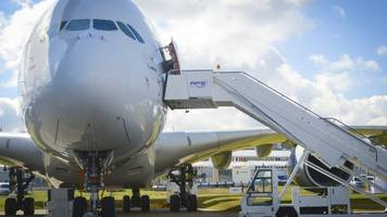 Airbus boss 'would step down if needed'