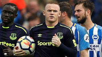 Rooney's late penalty rescues a point for Everton at Brighton