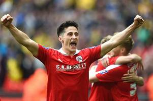 former barnsley player george williams reveals why lee johnson apologised to him