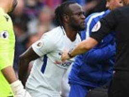 Chelsea's Victor Moses set to be out for four weeks