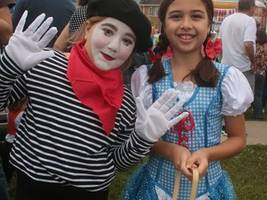Winona Halloween Parade and Pumpkin Patch brings a crowd to Lake Pointe Park