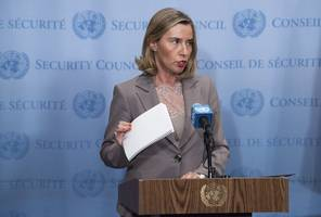 eu sends chief diplomat to fight for iran deal in washington