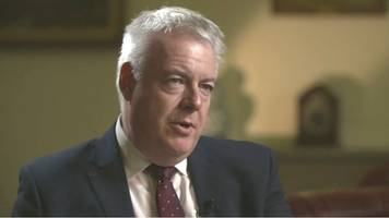 No-deal Brexit requires a general election, Carwyn Jones says