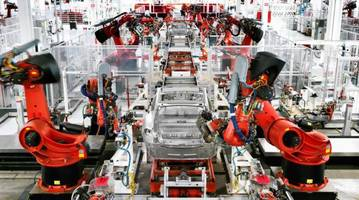 Is This The Bizarre Reason Why Tesla Is Struggling To Ramp Model 3 Production?