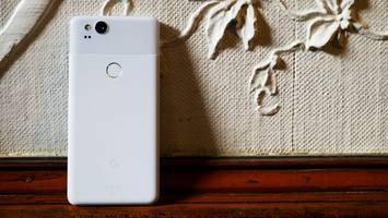 google pixel 2 review: so good, i almost don't care about the headphone jack