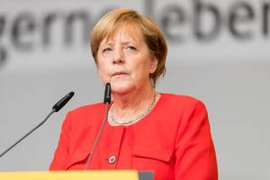 Merkel's CDU must relinquish finance ministry, FDP leader says