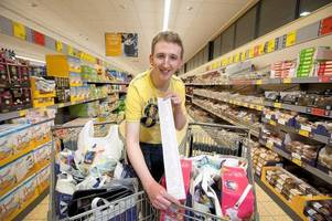 Supermarket Sweep winner goes wild in the aisles and raises money for foodbank