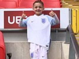 bradley lowery's mum reveals she dreams about him everyday
