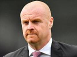 leicester will have to fork out £2.5m to take sean dyche