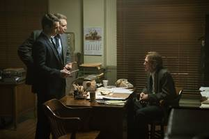 netflix's 'mindhunter' is a thrilling look at famous serial killers that reinvents the crime procedural