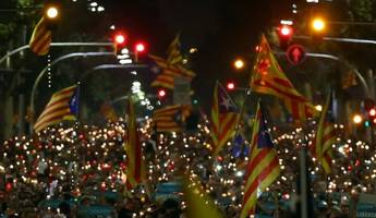catalan leader vows to declare independence if spain triggers nuclear option