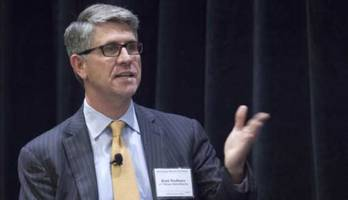 sec hires jpm banker as its most important markets regulator; may blow up hft dominance