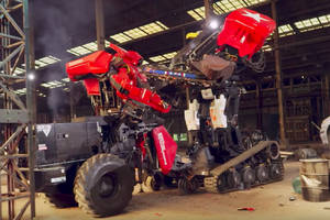 The USA vs. Japan giant robot duel showed that making giant robots is hard