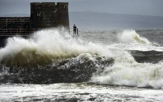is storm brian about to hit the uk? met office issues weather warning