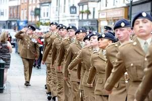 more support for armed forces in hull