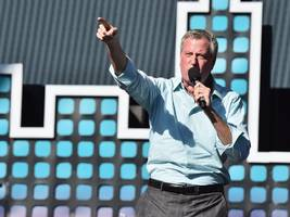 NYC mayor says Amazon is 'very destructive to communities' hours after submitting a bid for the company's second headquarters (AMZN)