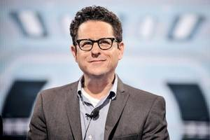 JJ Abrams Plans to Take 'Star Wars' Franchise 'Elsewhere'
